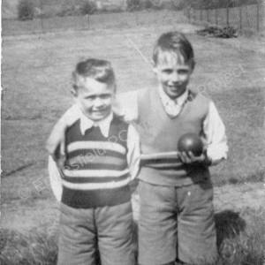 David Crisp with his brother Malcolm at the back of Wortley Road
