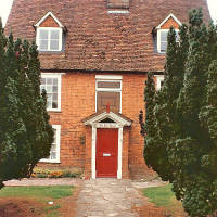 14 Listed Buildings/Sites in Houghton Regis