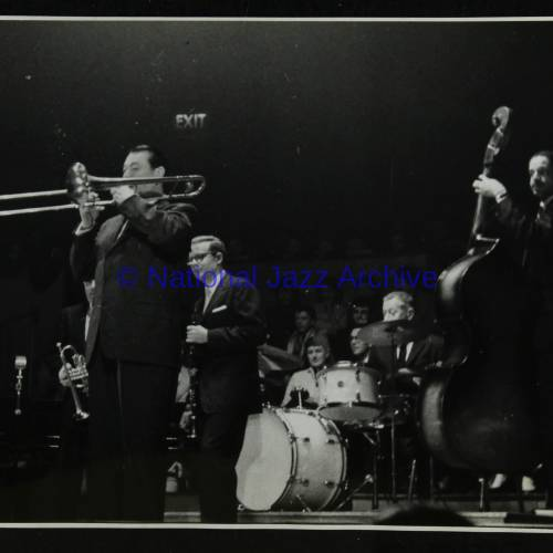 Cutty Cutstall, Bob Wilber, George Wettling and Leonard Gaskin (left to right)