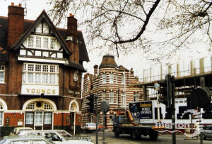 Kings Arms pub, junction of Upper Green West, Mitcham.