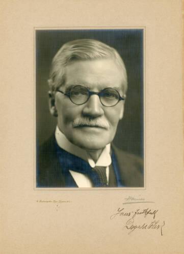 1908-09: Sir Dugald Clerk