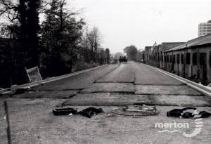 Merantun Way, Colliers Wood : Construction
