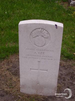 Gravestone of Ambrose Lee