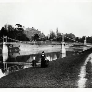 Victoria Bridge and General Hospital, Hereford, c.1900