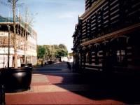 London Road, Mitcham:  Fair Green,  pedestrian precinct