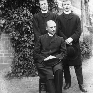 G36-077-08 Three clergymen.jpg