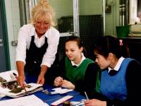 Ricards Lodge School, Wimbledon: Art and Design Lesson
