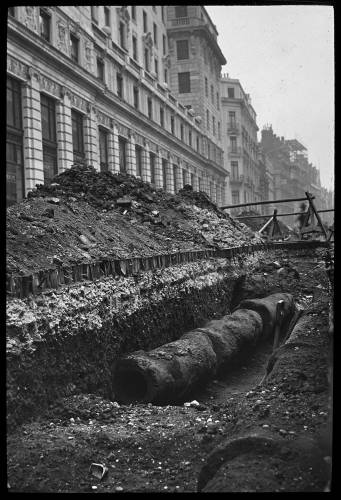 Wooden water mains at Grosvenor House, London