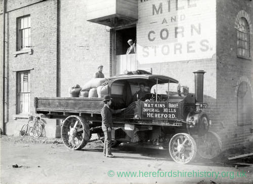 Hereford Imperial Mill - loading steam waggon, 1905