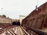 Morden Underground Station, railway tracks