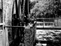 Morden Hall Park: Waterwheel in a state of disrepair