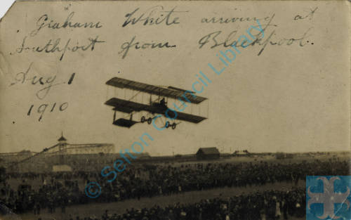 Claude Graham White flying into Southport