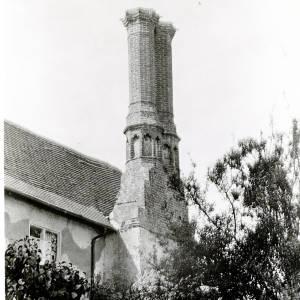 Sollars Hope, Court Farm, Chimney, 1926