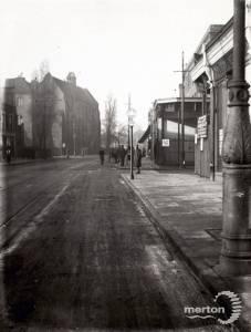 Broadway, Wimbledon: Trinity Road on the right