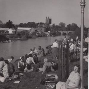 Hereford Regatta crowds