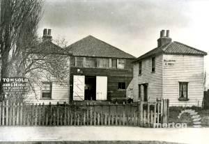 Willow Farm, Christchurch Road