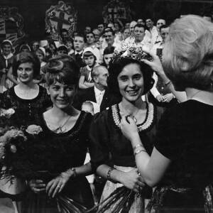 """071 - Crowning a young woman, with many onlookers """"Weinefest"""""""