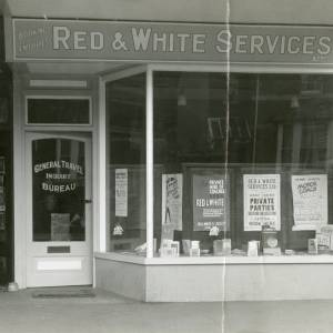 RGE045 - Red and White Services Booking office (bus service), Cantilupe Road, Ross on Wye.jpg