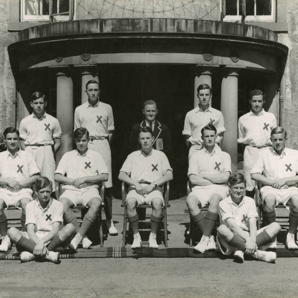 Cricket_1951_Loretto-1st-XI.jpg