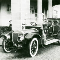 Motor carriage: Napier