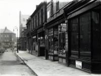 Merton Road looking towards the Broadway