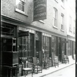 G36-023-01 J W Stephens, Dealer in  Antiques shopfront (26-27 Church Street, Hfd).jpg