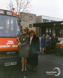 Launch of the 152 service from Pollards Hill to New Malden