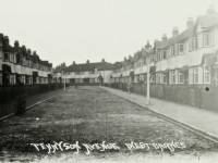 Tennyson Avenue, West Barnes