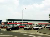Plough Lane, Wimbledon: Wickes