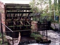 Merton Abbey Mills: Waterwheel