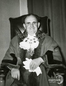 Alderman D W Chalkley Mayor 1959/60