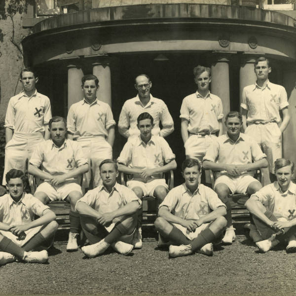 Cricket_1940_Loretto-1st-XI.jpg