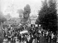 Mitcham Fair, seen from Western Road and the Parade Corner