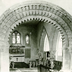 Li360 Garway Church - Chancel arch detail (ii) 1920.jpg