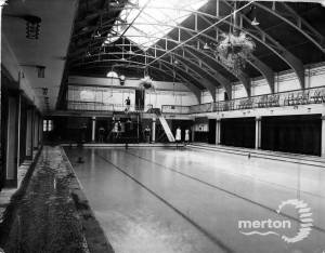 Wimbledon Public Baths, Latimer Road: main pool
