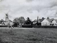 Wimbledon windmill and golf club, Wimbledon Common