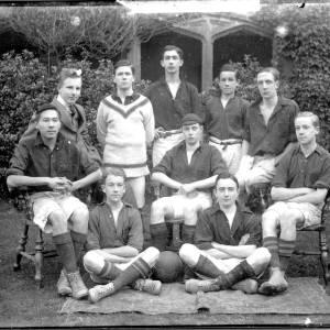G36-419-17 Hereford  Cathedral School football team.jpg
