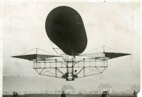 Oehmichen flying balloon