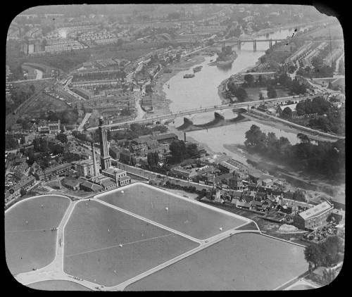 Aerial view of Kew Bridge works
