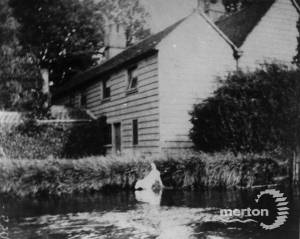 Littler's Cottage, Phipps Bridge: Rear view