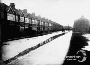 Gore Road, Raynes Park: flooding