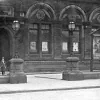 Bootle Library, recruiting for the war, 1914