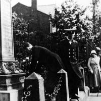 Laying a wreath at Litherland War Memorial, 1920s