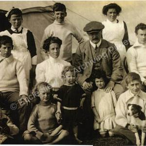 Frederick and Trixie Chambers with family group