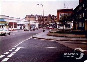 London Road, Mitcham: Junction with Gorringe Park Road