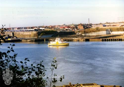 Cross River Ferry on River Tyne