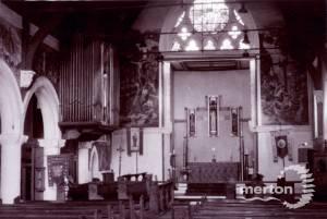 St. Mark's Church, Wimbledon: Interior