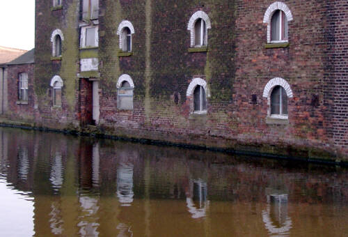 Canal Warehouse