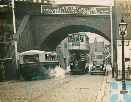 Linacre Road and rail bridge
