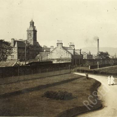 Nurses Mac and Murray Approaching Craigleith Hospital (now Western General)